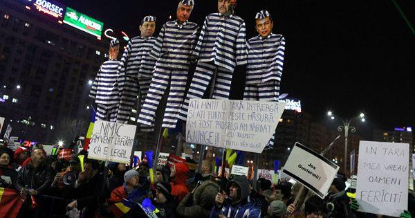 Biểu tình chống chính phủ ở Romania ngày càng lan rộng