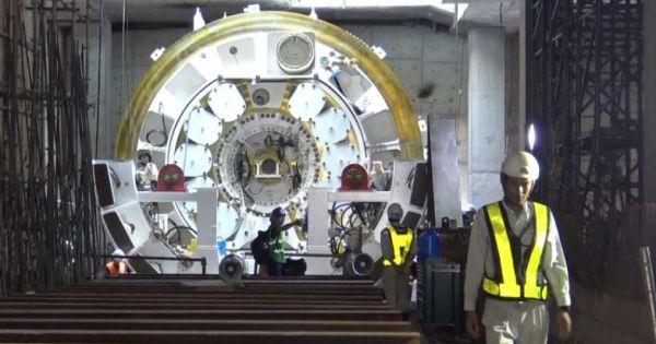 Robot 300 tấn đào đường hầm cho tuyến metro TPHCM