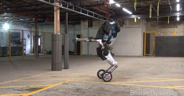 Google giới thiệu robot 'gây ác mộng'
