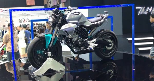 Honda 150SS Racer - nakedbike cổ điển mới
