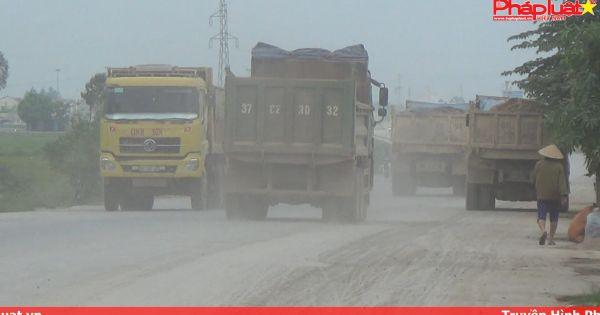 Nghệ An: Người dân bất an vì xe chở đất gây bụi bẩn, ô nhiễm môi trường