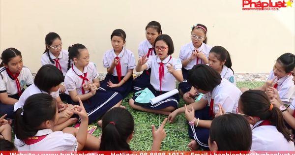 Bé gái 9 tuổi chia sẻ cộng đồng về phòng chống xâm hại
