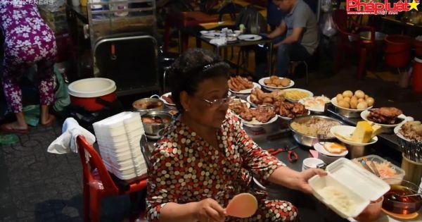 Đĩa cơm tấm vỉa hè gần 100.000 đồng vẫn hút khách Sài Gòn