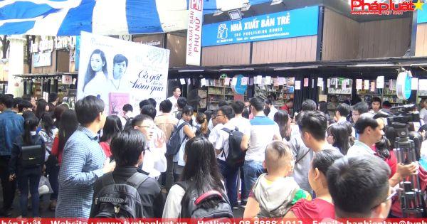 TPHCM: Nhiều hoạt động tại đường sách Nguyễn Văn Bình dịp cuối tuần