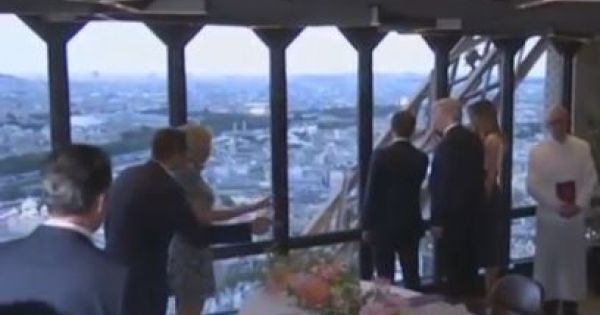 Bữa tối thượng hạng trên tháp Eiffel của tổng thống Pháp, Mỹ