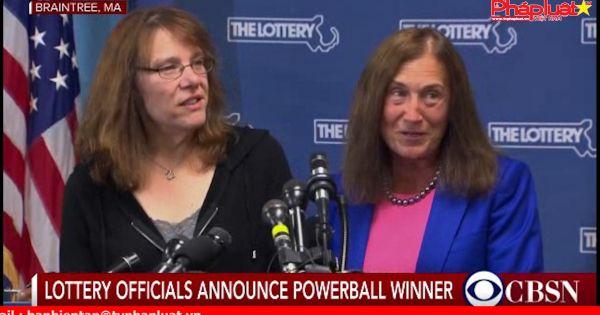 Một phụ nữ trúng số Powerball Jackpot Massachusetts trị giá 758 triệu đô la Mỹ