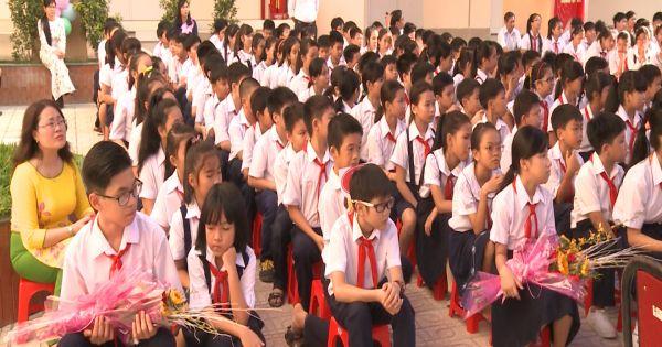 TPHCM: Nhiều trường tổ chức khai giảng sớm