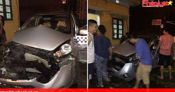 Liều lĩnh vượt đường ngang, tài xế taxi bị tàu hỏa đâm trọng thương