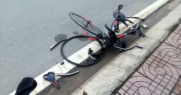 TPHCM: Xe ô tô tông chết người rồi bỏ chạy