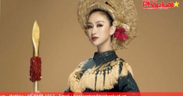 """Á hậu Hà Thu mang quốc phục """"nữ tướng"""" oai nghiêm đến Miss Earth 2017"""