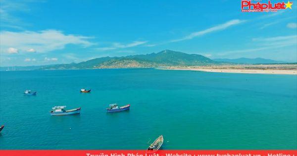 Khám phá tiểu sa mạc, vịnh biển giấu mình tại Ninh Thuận – Mũi Dinh