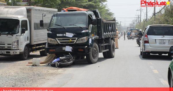 TPHCM: Nam công nhân tử vong tại chỗ sau cú đâm trực diện xe tải