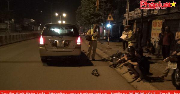 Bình Dương: 17 tuổi lái xe phân khối lớn tông ô tô, hai người nguy kịch