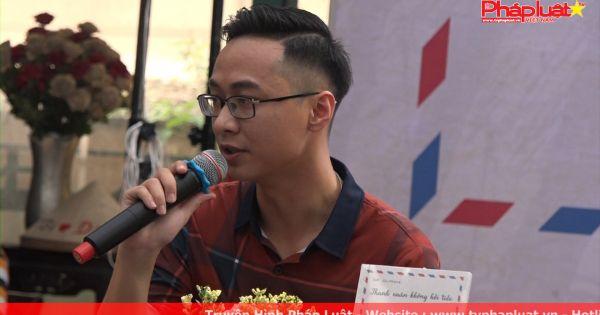 """Hàng trăm bạn trẻ tham gia giao lưu tác giả sách """"Thanh Xuân Không Hối Tiếc"""" tại đường sách Nguyễn Văn Bình"""