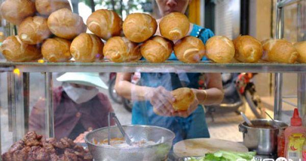 Bánh mì thịt nướng Nguyễn Trãi thơm ngon đầy đặn