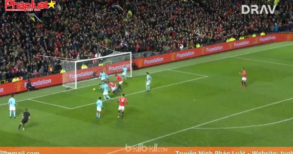 Đánh bại M.U, Man City đi vào lịch sử Premier League