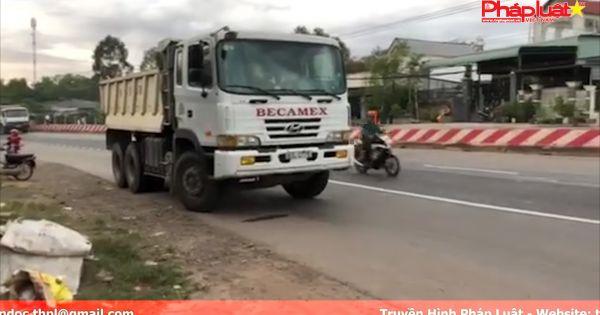 Bình Dương: Va chạm với xe ben, 3 người trong 1 gia đình thương vong