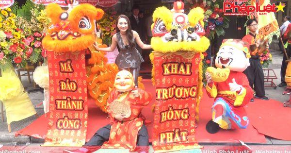 MC, diễn Viên, ca sỹ Cao Mỹ Kim mang Total Chicken đến Việt Nam