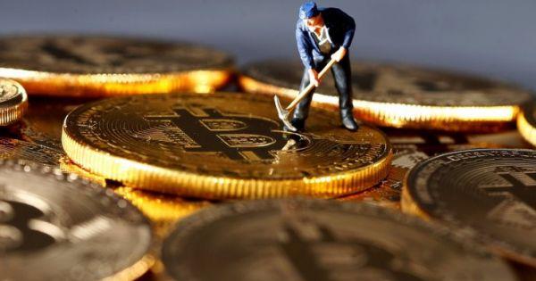 """80% Bitcoin trên thế giới đã bị """"đào"""""""