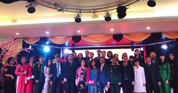 Tết đoàn viên ấm cúng tại Đại sứ quán Việt Nam ở Liên Bang Nga, CH Séc, Cộng Hòa Áo, Brasil, San Francisco
