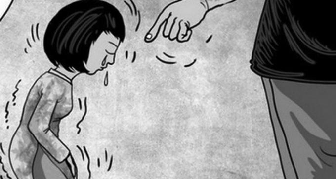 Nhiều ý kiến trái chiều quanh mức kỷ luật phụ huynh ép cô giáo quỳ xin lỗi