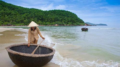 Vịnh Lăng Cô - điểm du lịch lý tưởng cho hè 2018