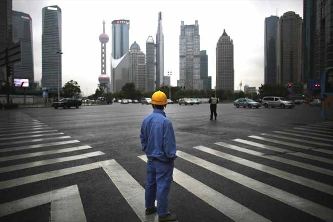 Trung Quốc, Hồng Kông và Canada có nguy cơ khủng hoảng ngân hàng