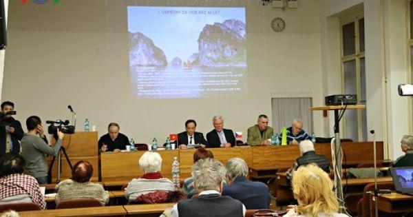 Hội thảo về thành tựu đổi mới của Việt Nam tại Cộng hòa Séc