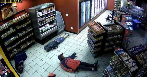 Băng cướp liều lĩnh nổ súng cướp đồ tại trạm xăng ở Nam Phi khiến nhiều người hoảng loạn