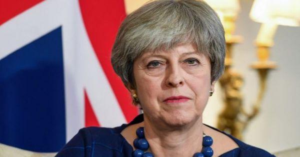 Thủ tướng Anh điều tàu ngầm tới gần Syria