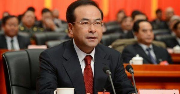 """Trung Quốc: Cựu ủy viên Bộ Chính trị thừa nhận """"ăn"""" hối lộ 27 triệu USD"""