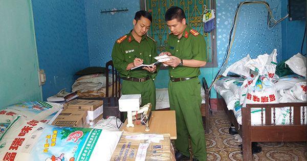 Nam Định: Hơn 2 tấn mì chính giả hàng hiệu bị tóm