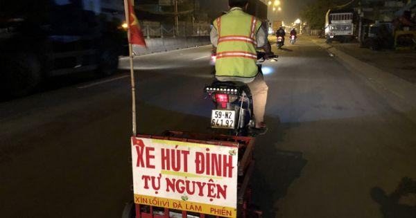 Người đàn ông thầm lặng hút đinh suốt 3 năm trên đường phố Sài Gòn