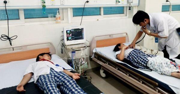 Quãng Ngãi: 40 học sinh nhập viện nghi ngộ độc trà sữa