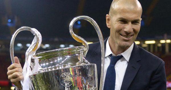 Zidane bất ngờ từ chức huấn luyện viên trưởng Real Madridd