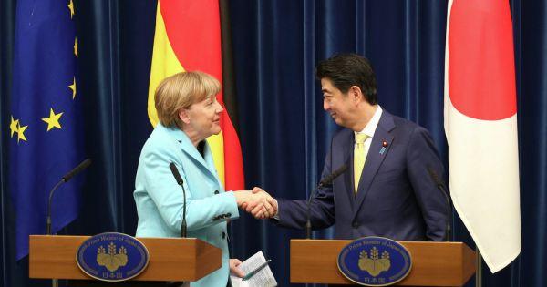 Đức bắt tay Nhật Bản đối phó xung đột thương mại với Mỹ