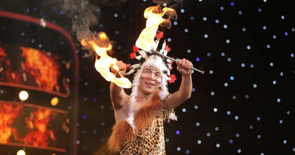 Lý Nhã Kỳ thót tim với thí sinh ăn lửa trên sân khấu