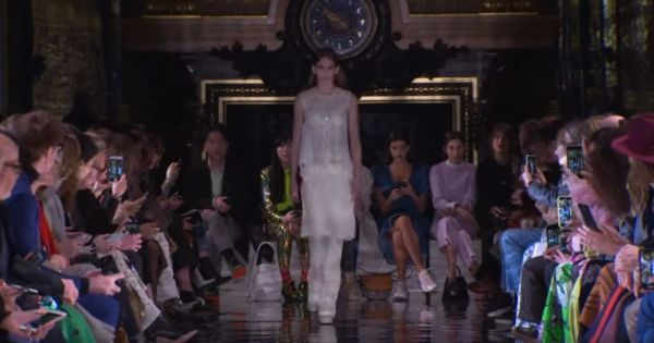 Stella McCartney | Fall Winter 2018/2019 Full Fashion Show | Exclusive