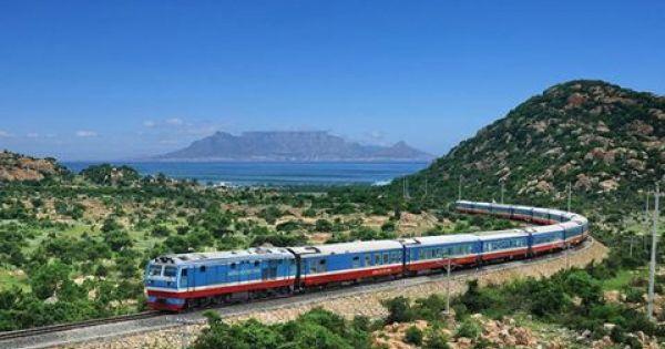 Cấm nhân viên đường sắt dùng điện thoại thông minh