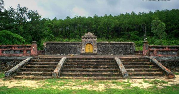 Triển khai thu phí di tích Lăng vua Gia Long tại Thừa Thiên Huế