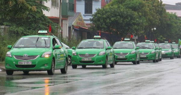 Tài xế taxi Mai Linh dùng kinh nghiệm hỗ trợ sản phụ sinh trên xe