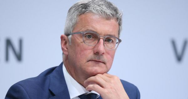 Giám đốc hãng xe Audi bị bắt giữ