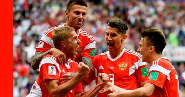 World Cup 2018: Hàng công tiếp tục bùng nổ, chủ nhà Nga vượt qua Ai Cập