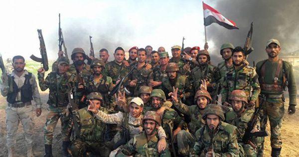 Syria: Nhóm chiến binh thuộc FSA quay súng đầu hàng lực lượng chính phủ