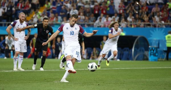 World Cup 2018: Croatia thắng tối thiểu, Iceland hiên ngang rời giải