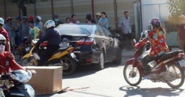 Nữ tài xế lùi ô tô bất cẩn, khiến 2 cháu bé thiệt mạng