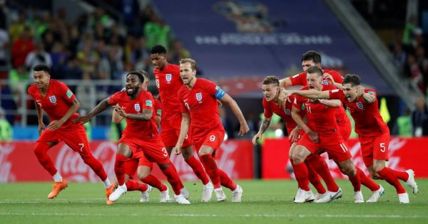 """World Cup 2018: Anh """"hú vía"""" giành quyền vào tứ kết sau loạt luân lưu may rủi"""