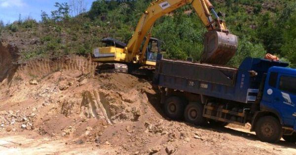 Cà Mau: Yêu cầu kỷ luật nghiêm chủ tịch xã để xảy ra tình trạng bán đất mặt trái phép
