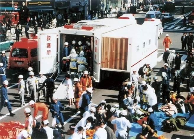 Nhật Bản: Cựu thủ lĩnh giáo phái khủng bố ga điện ngầm bằng khí độc sarin bị hành hình