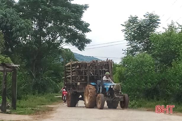 Hà Tĩnh: Xe dùng trong ngày mùa cũng chịu phạt 2 triệu đồng trong 1 năm